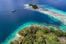 Luftaufnahme von Ghavutu Island Florida Islands, Salomonen, Sued Pazifik, Salomonen See / Aerial View from Ghavutu Island, Florida Islands, Solomons, Solomon Sea, South Pacific Ocean