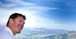 24.09.2010, Bergstation Hahnenkammbahn, Kitzbühel, AUT, Godelübergabe Kitzbühel Hannenkammrennen, im Bild Ivica Kostelic, Schirennläufer, Sieger der kobiantionswertung des Hahnenkammrennens 2010, EXPA Pictures © 2010, PhotoCredit: EXPA/ J. Feichter