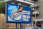 Italie, Caserta, 5-3-2008..Verkiezingen in Italië. Affiche, verkiezingsaffiche voor Forza Italia vam Silvil Berlusconi, die weer president wil worden...Foto: Flip Franssen