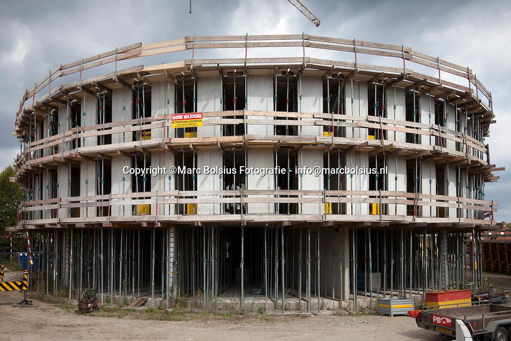 berlicum,de nieuwbouw van de norbertusschool