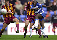 © Peter Spurrier/Sportsbeat Images <br />04/10/2003 - Photo  Peter Spurrier<br />2003/04 Nationwide Football Div 1 Reading Town FC v Bradford City FC.<br />Shaun Goater strikes a ball