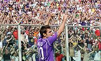 "Esultanza di Adrian Mutu dopo il gol<br /> Adrian Mutu (Fiorentina) celebrates after scorin goal<br /> Italian ""Serie A"" 2006-07 <br /> 15 Apr 2007 (Match Day 32)<br /> Fiorentina-Siena (1-0)<br /> ""Artemio Franchi"" Stadium-Firenze-Italy<br /> Photographer Luca Pagliaricci INSIDE"