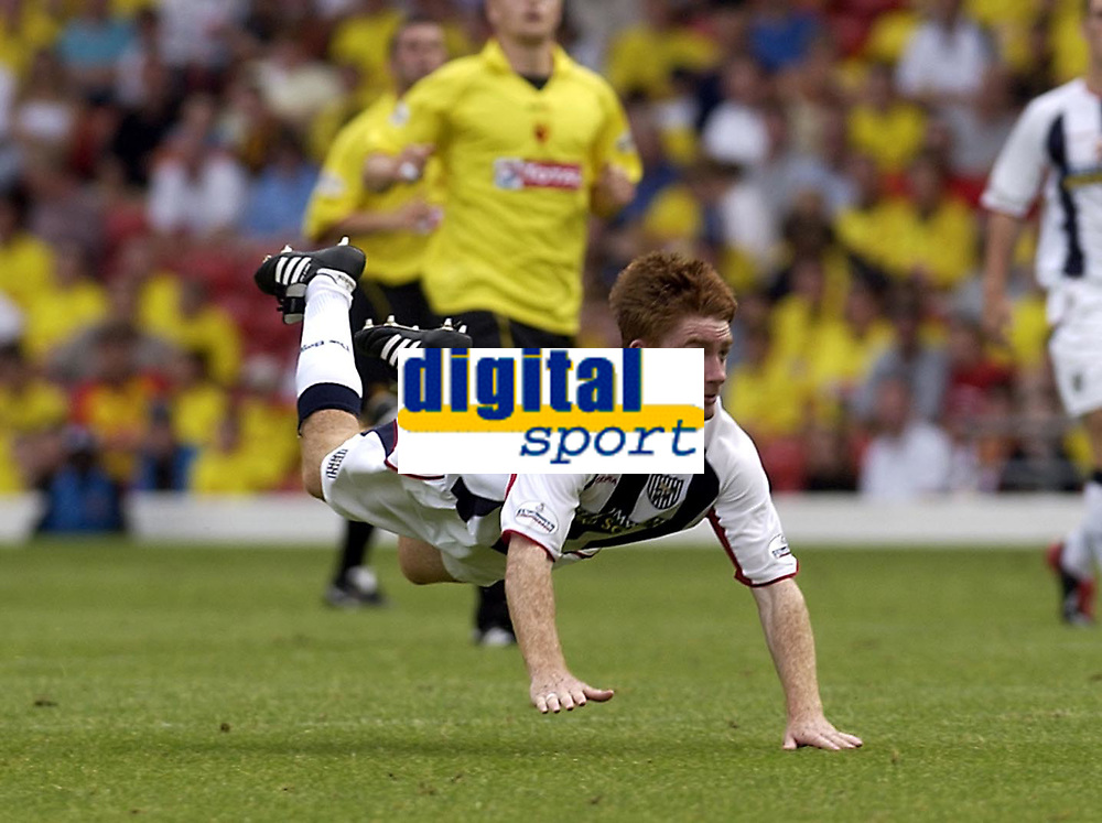 Copyright Sportsbeat Images. 0208 8768611<br />Picture: Henry Browne<br />Date: 23/08/2003<br />Watford v West Bromwich Albion Nationwide First Division<br />James O'Connor of West Brom makes a dramatic diving header