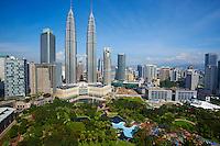 Malaisie, Etat de Selangor, Kuala Lumpur, KLCC (Kuala Lumpur City Center), les tours Petronas  // Malaysia, Selangor state, Kuala Lumpur, KLCC (Kuala Lumpur City Center), Petronas towers