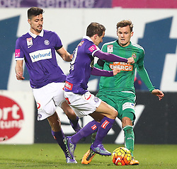 14.02.2016, Generali Arena, Wien, AUT, 1. FBL, FK Austria Wien vs SK Rapid Wien, 22. Runde, im Bild Tarkan Serbest (FK Austria Wien), Fabian Koch (FK Austria Wien) und Stefan Stangl (SK Rapid Wien) // during Austrian Football Bundesliga Match, 22nd Round, between FK Austria Vienna and SK Rapid Vienna at the Generali Arena, Vienna, Austria on 2016/02/14. EXPA Pictures © 2016, PhotoCredit: EXPA/ Thomas Haumer