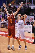DESCRIZIONE : Biella Lega A 2011-12 Angelico Biella Acea Roma<br /> GIOCATORE : Matteo Soragna<br /> SQUADRA : Angelico Biella<br /> EVENTO : Campionato Lega A 2011-2012<br /> GARA : Angelico Biella Acea Roma<br /> DATA : 25/01/2012<br /> CATEGORIA : Passaggio<br /> SPORT : Pallacanestro<br /> AUTORE : Agenzia Ciamillo-Castoria/S.Ceretti<br /> Galleria : Lega Basket A 2011-2012<br /> Fotonotizia : Biella Lega A 2011-12 Angelico Biella Acea Roma<br /> Predefinita :