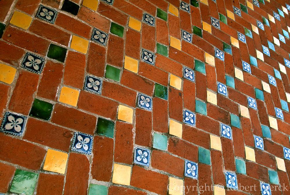 MEXICO, COLONIAL CITIES San Francisco Acatepec, near Puebla