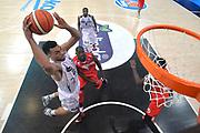 TRENTO 15 NOVEMBRE  2015<br /> Basket campionato serie A12013/2014<br /> Dolomiti Energia Trento Openjobmetis Varese<br /> Nella Foto Trent Lockett Dolomiti Energia Trento<br /> Foto Ciamillo