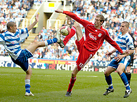Photo: Ed Godden/Sportsbeat Images.<br />Reading v Liverpool. The Barclays Premiership. 07/04/2007. Reading's James Harper (L), competes for the ball with Peter Crouch.