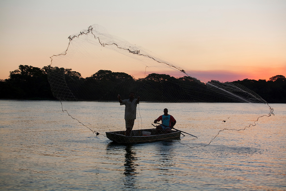 Pirapora_MG, Brasil...Pesca no Rio Sao Francisco em Pirapora...The fishing in Sao Francisco river in Pirapora...Foto: LEO DRUMOND / NITRO