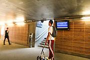 Vie quotidienne dans l'espace public, Bellegarde sur Valserine, France. // Daily life in the public space of Bellegarde sur Valserine, France.