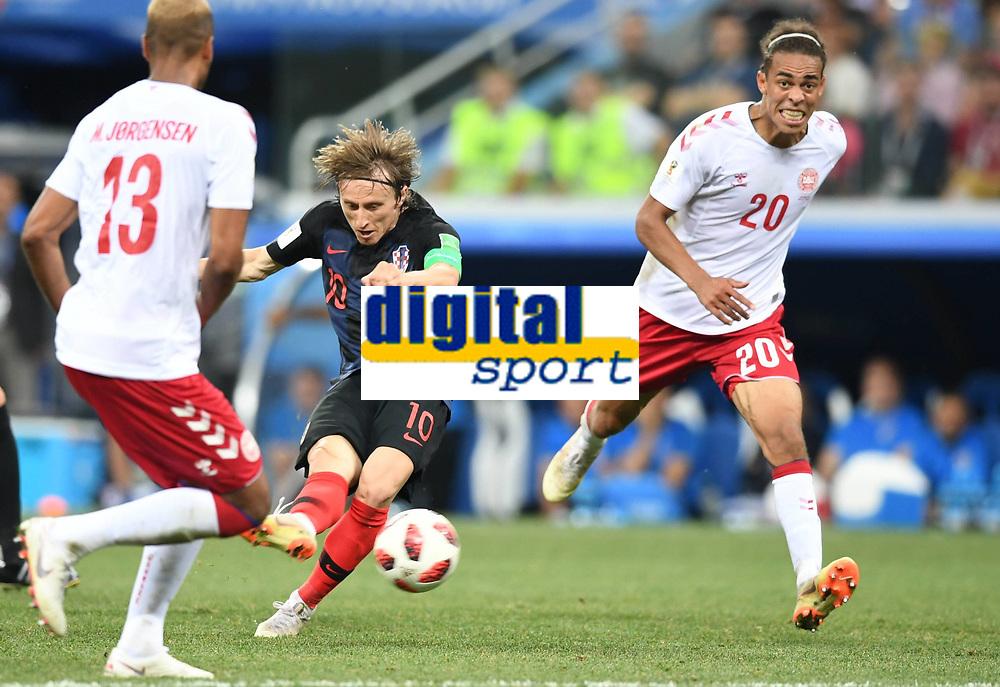 (180701) -- NIZHNY NOVGOROD, July 1, 2018 -- Luka Modric (C) of Croatia shoots during the 2018 FIFA World Cup WM Weltmeisterschaft Fussball round of 16 match between Croatia and Denmark in Nizhny Novgorod, Russia, July 1, 2018. ) (SP)RUSSIA-NIZHNY NOVGOROD-2018 WORLD CUP-ROUND OF 16-CROATIA VS DENMARK DuxYu PUBLICATIONxNOTxINxCHN