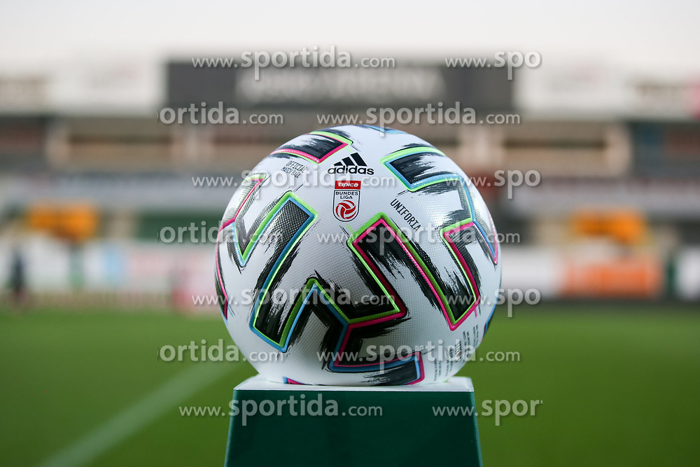 07.11.2020, Keine Sorgen Arena, Ried, AUT, 1. FBL, SV Guntamatic Ried vs TSV Prolactal Hartberg, Grunddurchgang, 7. Runde, im Bild Feature Spielball // during the tipico Bundesliga 7th round match between SV Guntamatic Ried and TSV Prolactal Hartberg at the Keine Sorgen Arena in Ried, Austria on 2020/11/07. EXPA Pictures © 2020, PhotoCredit: EXPA/ Roland Hackl