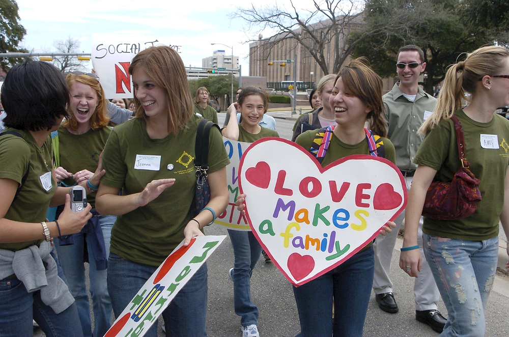 Austin, Texas  Social workers and college students march through downtown Austin protesting legislative cuts in children's benefits and social programs at the Texas Legislature. February 15 , 2005   © Bob Daemmrich /