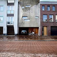 Nederland, Amsterdam , 15 februari 2013..Duurzame woning van Joris Brouwers in de James Bradleystraat, steigereiland van IJburg..Sustainable house, designed and built by the owner Joris Brouwers himself  on Steigereiland IJburg, Amsterdam.