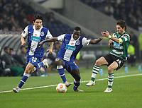 20100202: PORTO, PORTUGAL - FC Porto vs Sporting Lisbon: Portuguese Cup 2009/2010 – Semi-Finals. In picture: Silvestre Varela (Porto, C), Fucile (Porto, L) and Joao Moutinho (Sporting). PHOTO: Manuel Azevedo/CITYFILES
