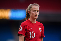 OSLO, NORWAY - Tuesday, September 22, 2020: Norway's Caroline Graham Hansen during the UEFA Women's Euro 2022 England Qualifying Round Group C match between Norway Women and Wales Women at the Ullevaal Stadion. Norway won 1-0. (Pic by Vegard Wivestad Grøtt/Propaganda)