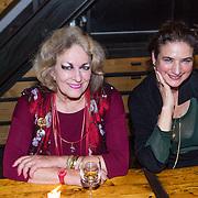 NLD/Amsterdam/20130921 - Uitreiking Awards, Marthe Roling en dochter