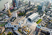 Nederland, Zuid-Holland, Rotterdam, 28-09-2014; Rotterdam met Markthal van MVRDV architecten. Kruising Grote Markt, Hoogstraat met  aan de Binnenrotte de reguliere Markt. Laurentiuskerk, Station Rotterdam Blaak, Kubuswoningen en Het Potlood.<br /> City centre Rotterdam with the new Market hall.<br /> luchtfoto (toeslag op standard tarieven);<br /> aerial photo (additional fee required);<br /> copyright foto/photo Siebe Swart