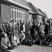 NLDHuizen/19900407 - Reunie van klas uit 1952 in de Koninging Julianaschool Huizen