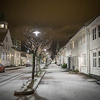 24 desember 2014. Endelig julaften i Kristiansand. Stemningen ble fin med litt snø her i Posebyen i kveld.<br /> <br /> December 24 2014 Christmas eve in Kristiansand. As ordered it came snow on christmas eve in Kristiansand as a nice blanket over the city.