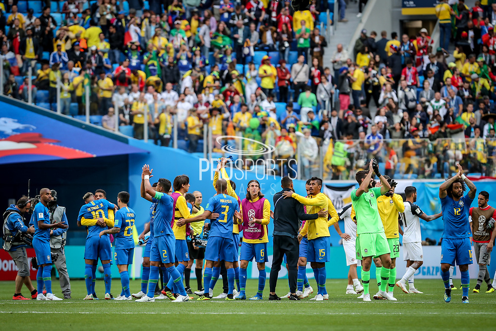 Brazil players celebrate after the 2018 FIFA World Cup Russia, Group E football match between Brazil and Costa Rica on June 22, 2018 at Saint Petersburg Stadium in Saint Petersburg, Russia - Photo Thiago Bernardes / FramePhoto / ProSportsImages / DPPI
