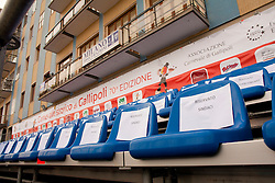 Gallipoli (LE), sfilata di carnevale 2011. Sedie delle tribune riservate ai sindaci dei communi limitrofi...Chairs of the stands reserved for the mayors of neighboring municipalities.