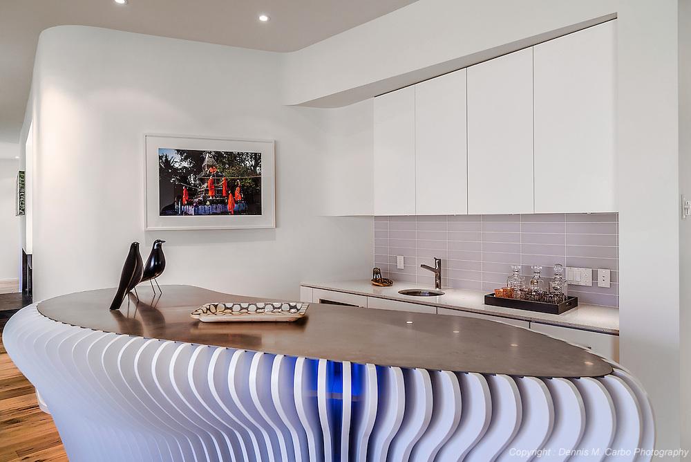 Custom Bar by SU11 Architects