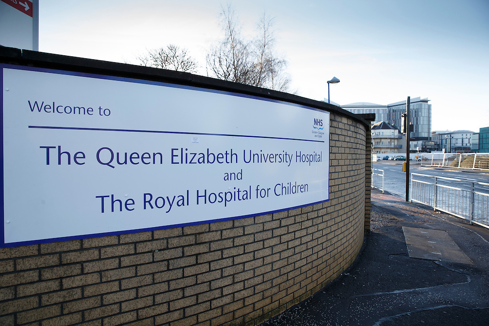 The Queen Elizabeth University Hospital, Glasgow. Picture Robert Perry 7th Jan 2015<br /> <br /> Must credit photo to Robert Perry<br /> FEE PAYABLE FOR REPRO USE<br /> FEE PAYABLE FOR ALL INTERNET USE<br /> www.robertperry.co.uk<br /> NB -This image is not to be distributed without the prior consent of the copyright holder.<br /> in using this image you agree to abide by terms and conditions as stated in this caption.<br /> All monies payable to Robert Perry<br /> <br /> (PLEASE DO NOT REMOVE THIS CAPTION)<br /> This image is intended for Editorial use (e.g. news). Any commercial or promotional use requires additional clearance. <br /> Copyright 2014 All rights protected.<br /> first use only<br /> contact details<br /> Robert Perry     <br /> 07702 631 477<br /> robertperryphotos@gmail.com<br /> no internet usage without prior consent.         <br /> Robert Perry reserves the right to pursue unauthorised use of this image . If you violate my intellectual property you may be liable for  damages, loss of income, and profits you derive from the use of this image.