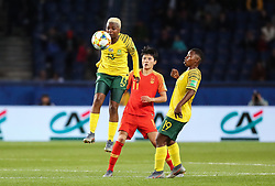 2019?6?13?.    ?????????——B??????????.    6?13????????????????????.    ???????????2019??????????B??????????1?0??????.    ?????????..(SP)FRANCE-PARIS-SOCCER-FIFA WOMEN'S WORLD CUP-RSA VS CHN.Bambanani Mbane (up) of South Africa vies for header during a Group B match between South Africa and China at the 2019 FIFA Women's World Cup in Paris, France, June 13, 2019. China won 1-0. (Credit Image: © Xinhua via ZUMA Wire)