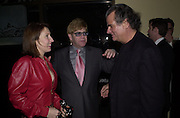 Sam Taylor wood, Sir Elton John and Patrick Demarchelier. Jeff Koons exhibition opening and dinner. Gagosian Gallery and Mr. Chow. Los Angeles. 22 March 2001. © Copyright Photograph by Dafydd Jones 66 Stockwell Park Rd. London SW9 0DA Tel 020 7733 0108 www.dafjones.com