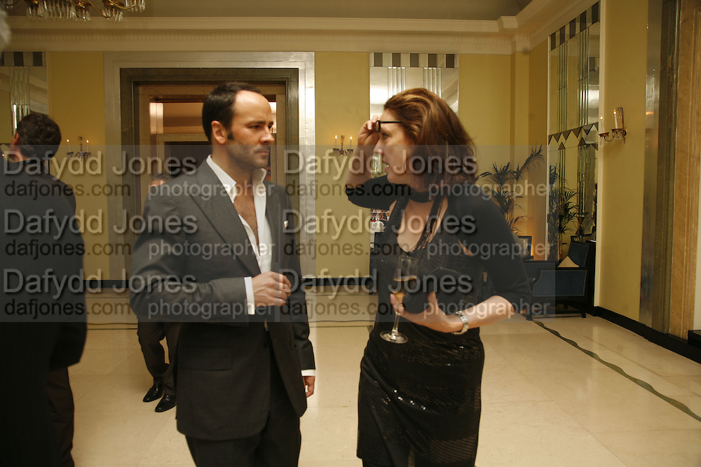 Tom Ford and Judith Greer, Work by Mexican artist, Gabriel Orozco. Gallery opening & private view at new White Cube space, 25-26 Mason's Yard, London and afterwards at Claridges. London. 27 September 2006. <br /> -DO NOT ARCHIVE-© Copyright Photograph by Dafydd Jones 66 Stockwell Park Rd. London SW9 0DA Tel 020 7733 0108 www.dafjones.com