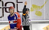 Ishockey<br /> Getligaen 2009<br /> Jordal Amfi<br /> 15.11.2009<br /> Vålerenga - Sparta<br /> Tommy Søstumoen , Regan Kelly i forgrunnen<br /> Foto: Eirik Førde