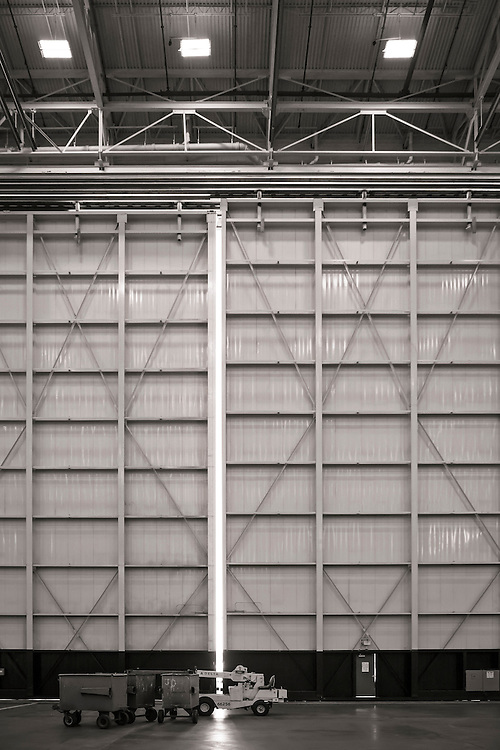 One of the massive hangar doors at Delta's  Technical Operations Center, at Atlanta's Hartsfield-Jackson International Airport.  <br />