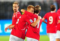 Fotball Landskamp Norge vs Makedonia<br /> VM Kvalifisering 09.09.2009 Ullevaal Stadion Oslo<br /> <br /> Norway vs FYR Macedonia  <br /> <br /> Resultat 2 - 1<br /> <br /> Foto: Robert Christensen Digitalsport<br /> <br /> Norge John Arne Riise gratuleres av Morten Gamst Pedersen etter scoring