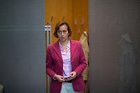 DEU, Deutschland, Germany, Berlin, 27.09.2017: Beatrix von Storch (MdB, AfD) auf dem Weg zur Fraktionssitzung der AfD-Bundestagsfraktion im Deutschen Bundestag.