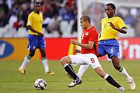 Fotball<br /> Brasil v Egypt<br /> Foto: DPPI/Digitalsport<br /> NORWAY ONLY<br /> <br /> FOOTBALL - CONFEDERATIONS NATIONS CUP 2009 - GROUP B - 1ST ROUND - BRAZIL v EGYPT - 15/06/2009 <br /> <br /> MOHAMED ZIDAN (EGY) / KLEBER (BRA)