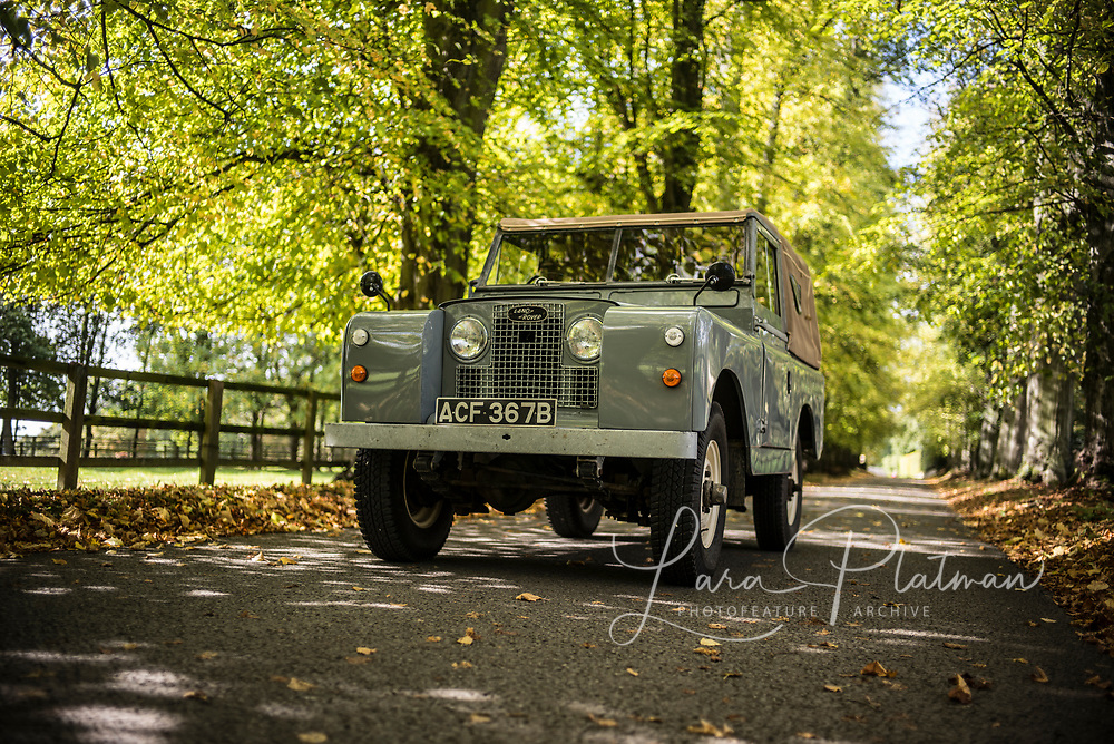 Big Red October 2017 Land Rover 1964 SeriesIIA, Big Red, owned by Lara Platman. Fully nut and bolt restored. available for photographic shoots, Film props and commercials.