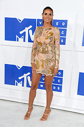 Heidi Klum arriving at the MTV Video Music Awards at Madison Square Garden in New York City, NY, USA, on August 28, 2016. Photo by ABACAPRESS.COM  | 560634_017 New York City Etats-Unis United States