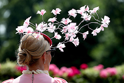 A female racegoer's floral fascinator during day two of Royal Ascot at Ascot Racecourse.