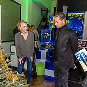 NLD/Amsterdam/20161207 - 8e Sky Radio's Christmas Tree For Charity, Marleyne Sahulpala, Manon Meijers en Fred van Leer