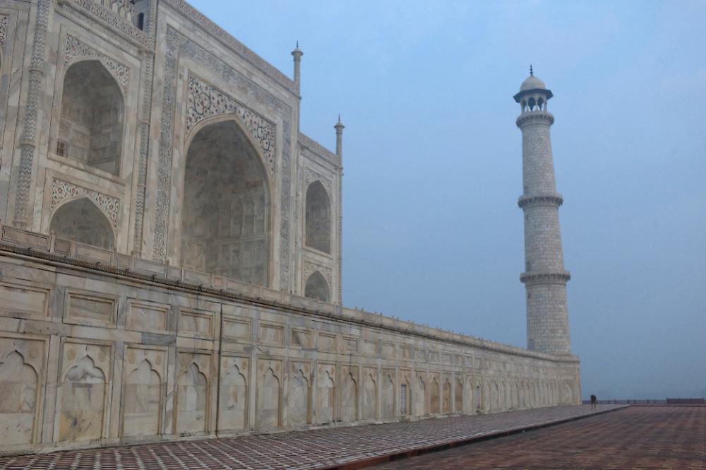 India-Agra-Taj-Mahal