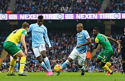 Fernandinho of Manchester City attacks - Mandatory byline: Matt McNulty/JMP - 07966 386802 - 31/10/2015 - FOOTBALL - City of Manchester Stadium - Manchester, England - Manchester City v Norwich City - Barclays Premier League