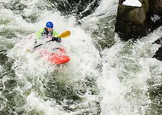 Winni river kayaking