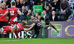 Harlequins replacement Paul Sackey dives for the try-line but the score is later ruled out - Photo mandatory by-line: Patrick Khachfe/JMP - Tel: Mobile: 07966 386802 12/10/2013 - SPORT - RUGBY UNION - Twickenham Stoop - London - Harlequins V Scarlets - Heineken Cup