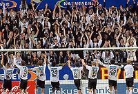 Fotball Tippeligaen 28.09.06 Rosenborg - Tromsø 2-1<br /> Spillere og supportere etter kamp<br /> Foto: Carl-Erik Eriksson, Digitalsport