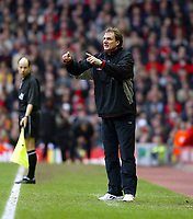 Liverpool's assistant manager Phil Thompson against Middlesbrough during the Premiership  match at Anfield, Liverpool, Saturday, February 8th, 2003.<br /><br />Pic by David Rawcliffe/Propaganda<br /><br />Any problems call David Rawcliffe on +44(0)7973 14 2020 or email david@propaganda-photo.com - http://www.propaganda-photo.com
