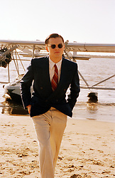 THE AVIATOR (2004) - LEONARDO DICAPRIO. Credit: MIRAMAX FILMS / COOPER, ANDREW / Album. Copyright: Editorial use only. No merchandising or book covers. This is a publicly distributed handout. Access rights only, no license of copyright provided. Only to be reproduced in conjunction with promotion of this film.