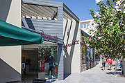 Shopping in Downtown La Jolla California