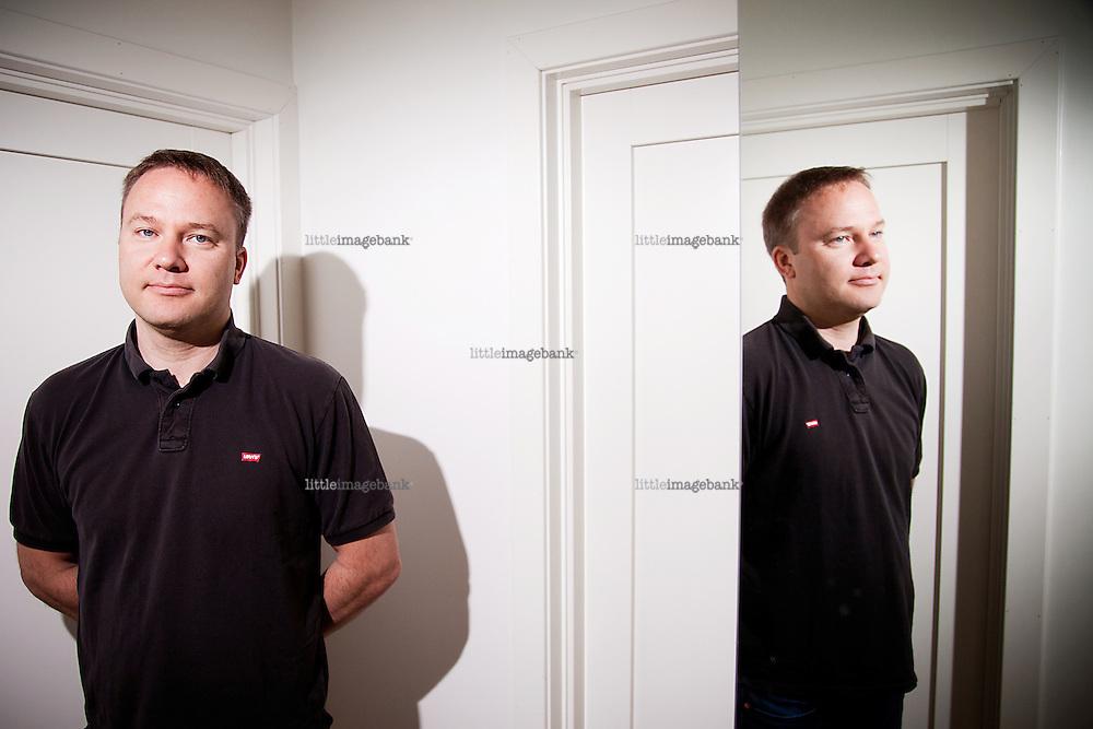 Hosle, Bærum. 19.06.2012. Utenrikspolitisk forsker og kommentator Helge Lurås. Foto: Christopher Olssøn.